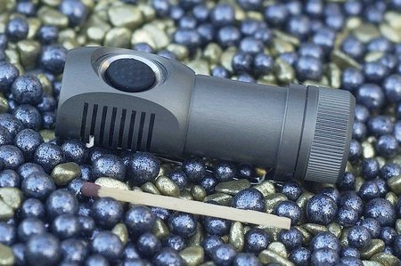 Zebralight SC31F 001